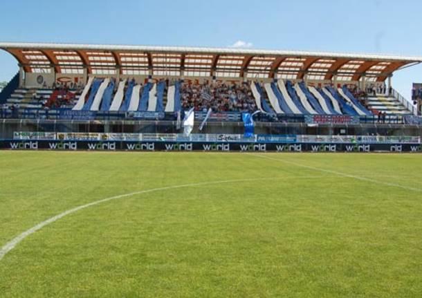 pro patria pergocrema play out prima divisione 2010 tifo coreografia stadio speroni