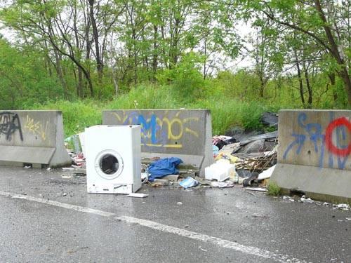 rifiuti gallarate via aleardi