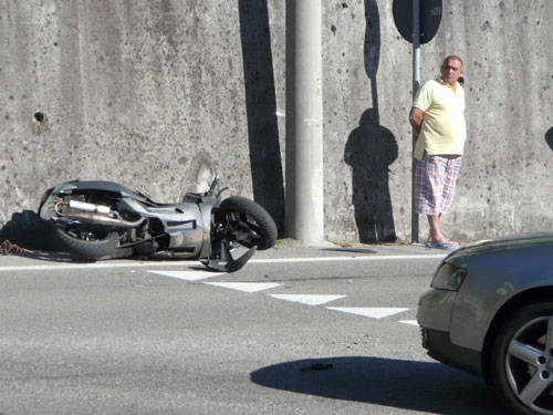 incidente solbiate arno motorino