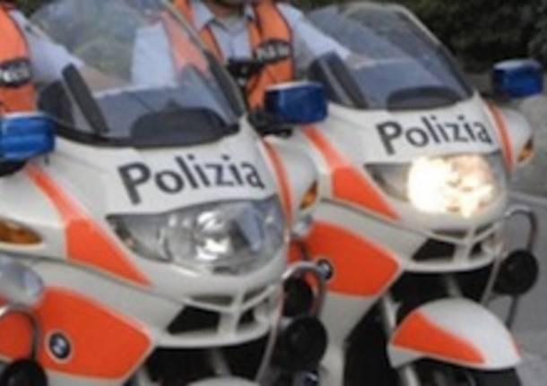 Ascona, tre uomini rapinano gioielleria in Piazza Motta