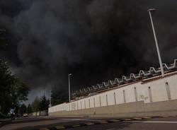 incendio castellanza azienda tessile bluref settembre 2010