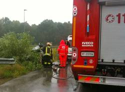 incidente capolago macchina ribaltata