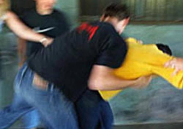 bullismo picchiato pestaggio
