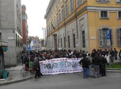 manifestazione milano protesta studenti 2010 30 novembre