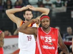 cimberio lottomatica roma basket dicembre 2010 ron slay