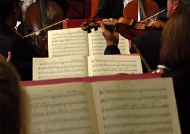 concerto natale basilica san giovanni busto arsizio 2010
