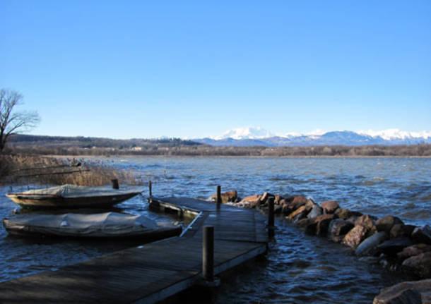 Incontro sul lago di varese for Villa puricelli