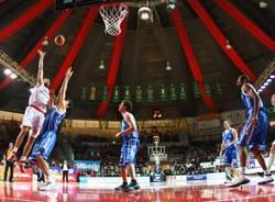 cimberio varese dinamo sassari basket gennaio 2011