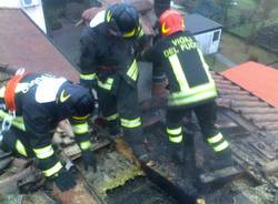 incendio tetto besozzo gennaio 2011