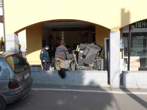 bancomat saronno 2011