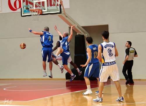 basket b2 robur mazzanti empoli aprile 2011 foto luca minotto