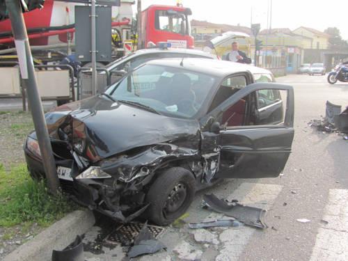 incidente tradate aprile 2011 varesina
