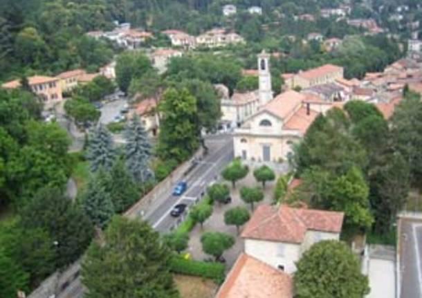 luvinate dall'alto strada chiesa comune