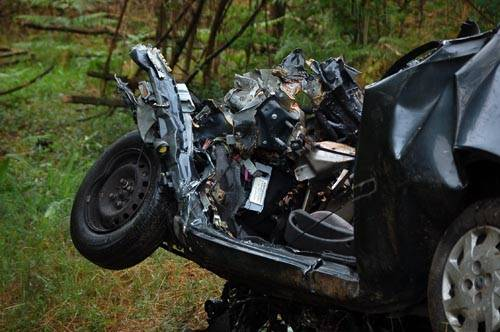 incidente mortale auto camion cislago 31 maggio 2011