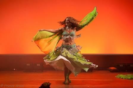 Nashat, spettacolo di danza del ventre, Ileana Maccari