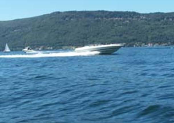 lago maggiore motoscafo