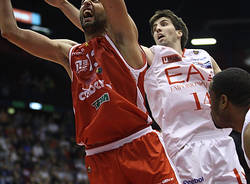 basket ea7 milano cimberio varese ottobre 2011 garri