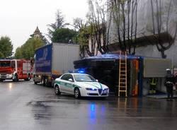 camion rimorchio ribaltato incidente busto arsizio