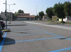 gavirate parcheggi a pagamento piazza unes