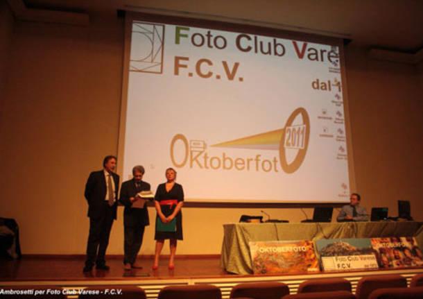 prima serata di Videoproiezioni alla Sala Montanari foto club Varese Oktoberfoto
