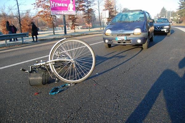 Bici contro auto sul Sempione (inserita in galleria)