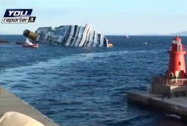 Costa Concordia sempre più in difficoltà (inserita in galleria)