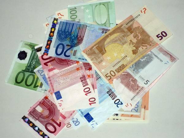 Dalla lira all'euro (inserita in galleria)