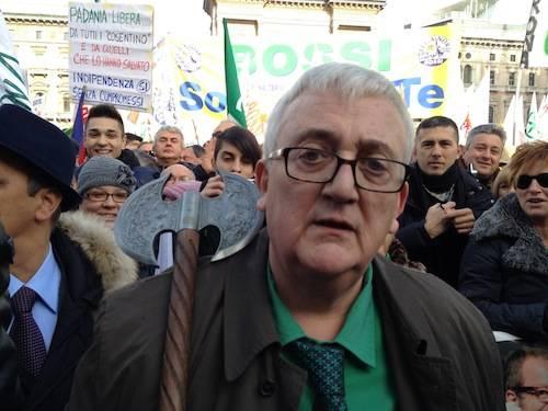 Manifestazione Lega MIlano 2012 (inserita in galleria)