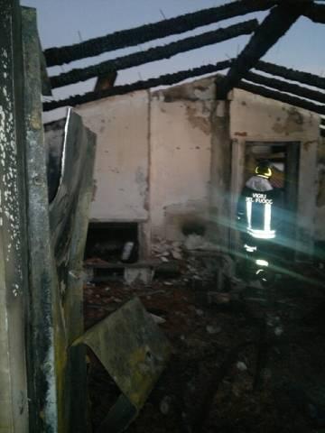 Monvalle, il giorno dopo l'incendio (inserita in galleria)