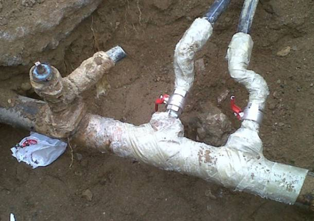 Acqua, lavori in corso a Lavena (inserita in galleria)