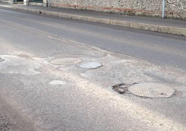 asfalto buche castellanza corso matteotti