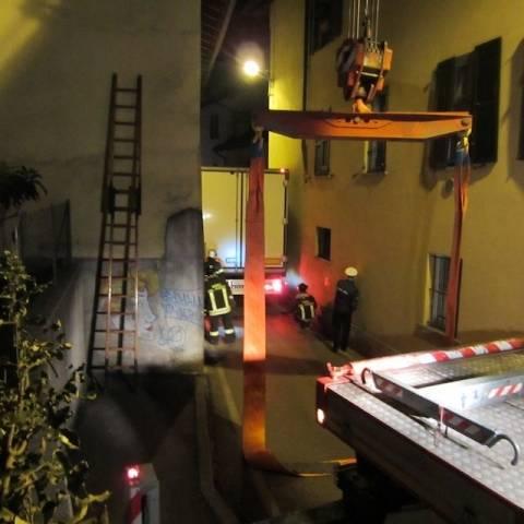 Camion bloccato in via Walder 2 (inserita in galleria)