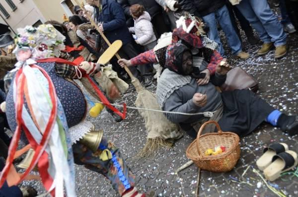 El Carnevaal de Schignan (inserita in galleria)