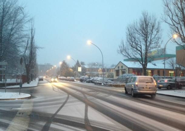 gallarate neve 2012 via padre lega innevata