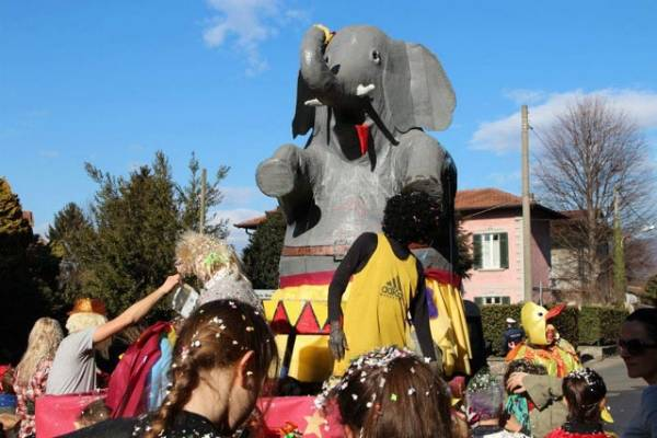 Il carnevale di Travedona Monate (inserita in galleria)