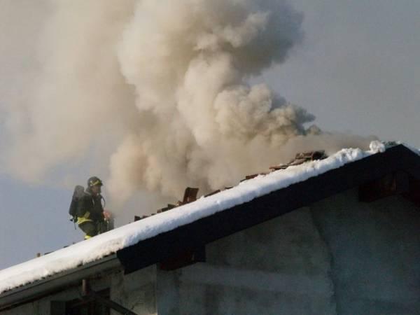 Incendio a Induno Olona (inserita in galleria)