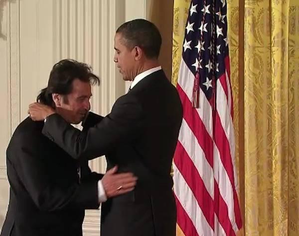 Obama premia Al Pacino  (inserita in galleria)