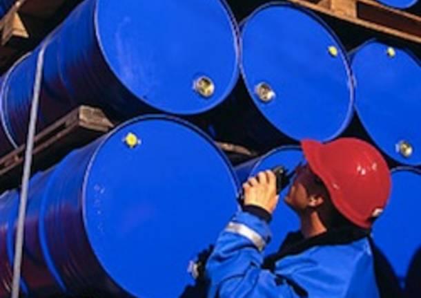 petrolio apertura