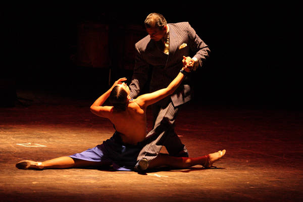 Tango (inserita in galleria)