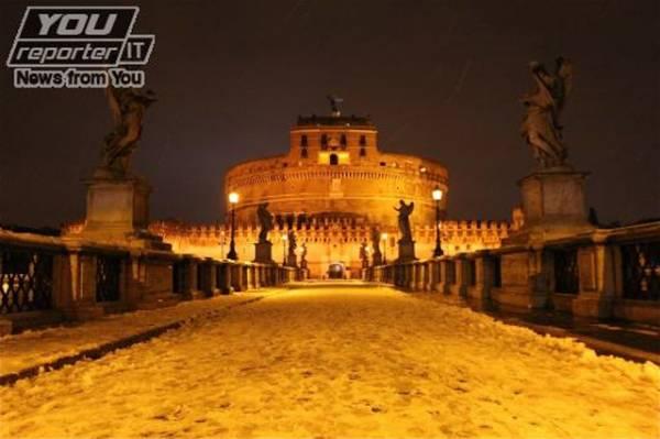 Una serata romana sotto la neve (inserita in galleria)