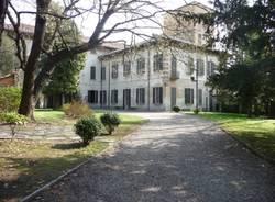 L'affresco rovinato a Villa Bossi Tettoni Benizzi Castellani (inserita in galleria)