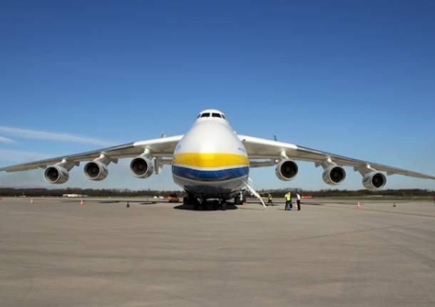 L'Antonov a Malpensa  (inserita in galleria)