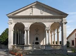 La salita alle cappelle del Sacro Monte (inserita in galleria)