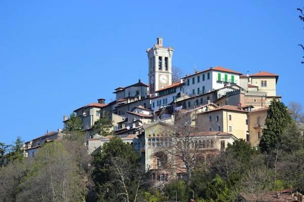 Salita al Sacro Monte di Varese