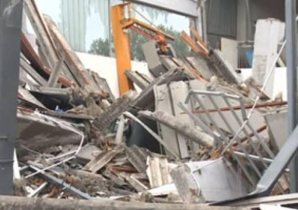 Capannoni e aziende distrutte dal terremoto