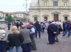 Saronno in piazza per dire no alla violenza (inserita in galleria)