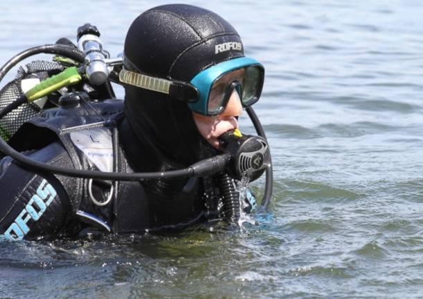 Archeologi subacquei nel lago di Varese (inserita in galleria)