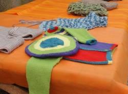 Knitting, la giornata del lavoro a maglia (inserita in galleria)