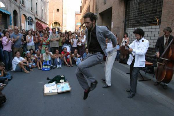 """Ferrara Buskers Festival"" (inserita in galleria)"