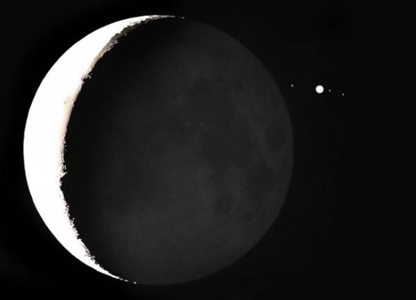 La Luna nasconde Giove (inserita in galleria)